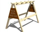 Porta sci in legno pieghevole con pubblicità