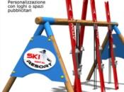 Porta sci in legno 18 posti con spazi pubblicitari